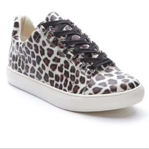 Coconuts by Matisse NIB Relay Leopard Shoes